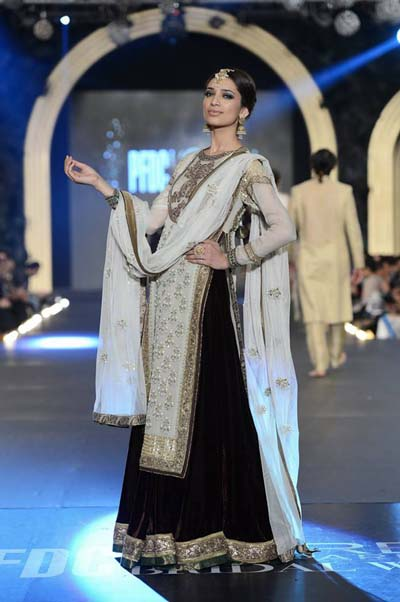 Asifa and Nabeel PFDC LOreal Paris Bridal Week Day 3 - 4- (6)