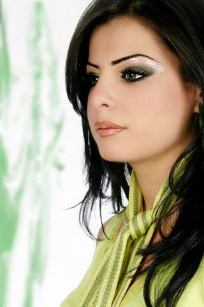 Pakistani-Party-Makeup-Ideas-For-Eid-2013-001