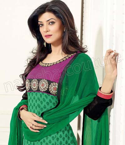 Actress Sushmita Sen's Beautiful Outfits Collection 2013-14 For Girls (5)