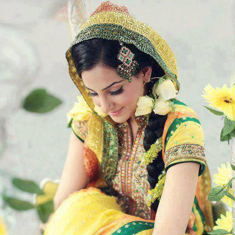 Bridal Latest Beautiful Hairstyles Fashion 2013-2014 For Pakistani Women (1)
