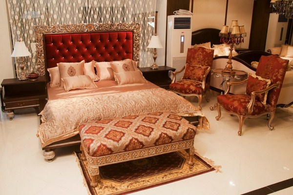 Flower designing of decorating bed room for wedding night for Bedroom ideas in pakistan