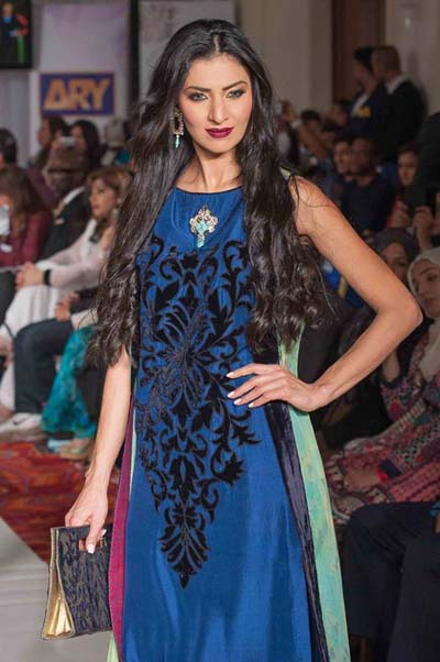 Gul Ahmed Fashion Week 2013-14 Formal Wear Winter Dress For Women (6)