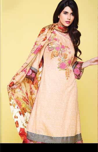 Kayseria Stylish Winter Shawls Collection 2013-14 for Women (5)