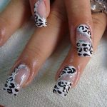 Nail Art Designs Latest Photos 2013 For UK Girls (1)