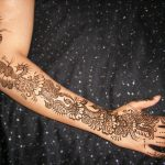 Beautiful Hands Mehndi Henna Designs 2013-2014 For Bridal (2)