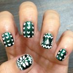 Christmas Nail Art Designs 2013-2014 Collection For Girls (6)