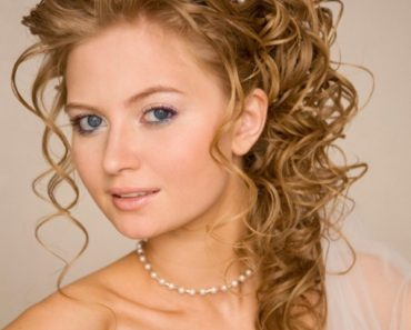 Stylish Christmas Bridal and wedding hairstyles Ideas 2013 For Women (2)