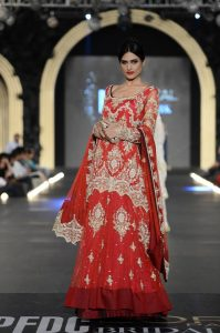 "Zara Shahjahan ""True Love"" Bridal Dress Collection 2013-14 - (8)"