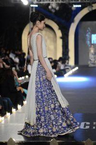 "Zara Shahjahan ""True Love"" Bridal Dress Collection 2013-14 - (3)"