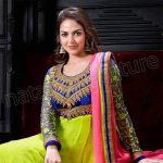Beautiful Bollywood Actress Esha Deol