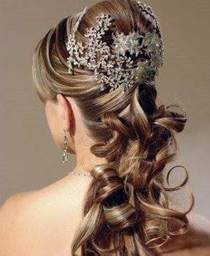 Bridal pixie Jora Brown Haircut Styles Celebrities Hairstyle