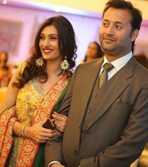 Model Sherry Shah and Naveed Aawan Wedding Photos Videos Images (1)