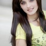 Pakistani Model Sadia Khan Pictures Profile