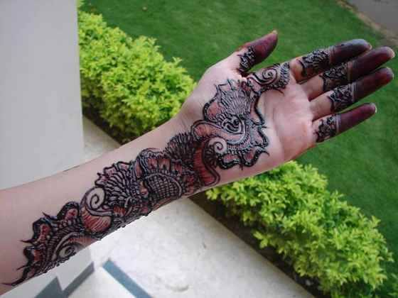 Styish New Mehndi Designs 2014 for Girls (8)