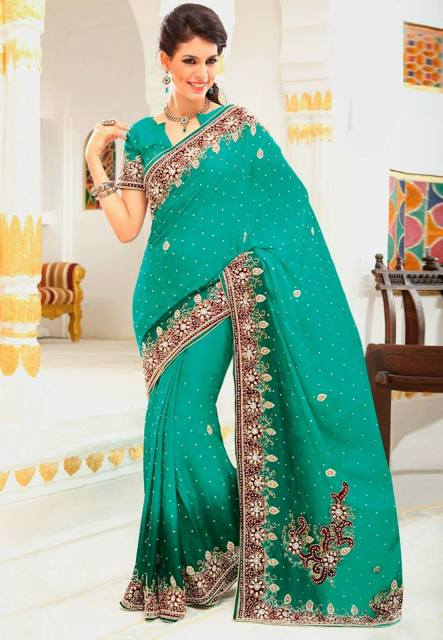 Indian saree design,Pakistani saree, Indian saree, bridal saree, Indian wedding saree, New saree, New saree design for girls, beautiful saree, party saree,
