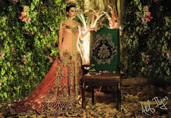 Tabassum mughal bridal dresses 2015 for pakistani women tabassum mughal bridal wear dresses 2015 sciox Choice Image