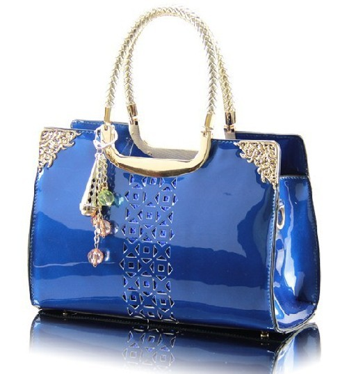 shopbop - bags fastest free shipping worldwide on bags & free easy returns.