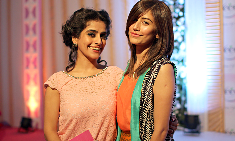 Alishba Yousaf Smiling With her sister