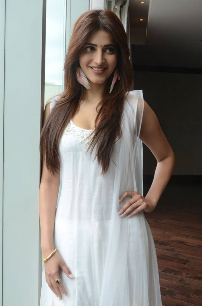 Actress Shruti Hassan hot porn dress designs for girls