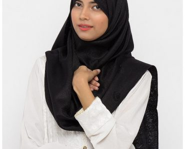 mastoor abayas and scarves