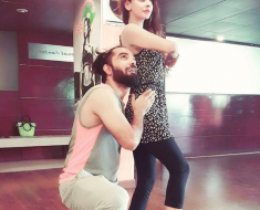 Saba Qamar and Yasir Hussain Get welcoming On The Sets Of Their New Movie