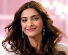 I srbhy mnduaskty for the film's success, Sonam Kapoor