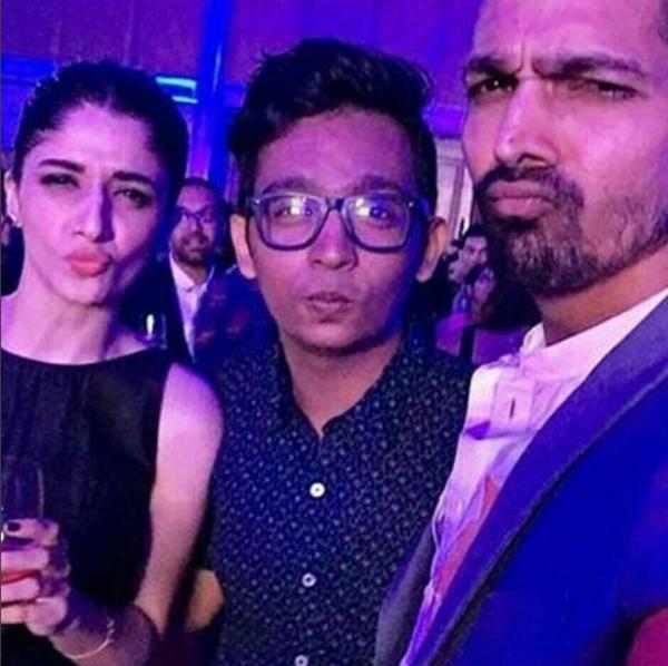 Mawra Hocane At GQ Top Dressed award 2016 In India