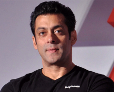Salman Khan Avoided The Question With A Smile on his Statement of Apology
