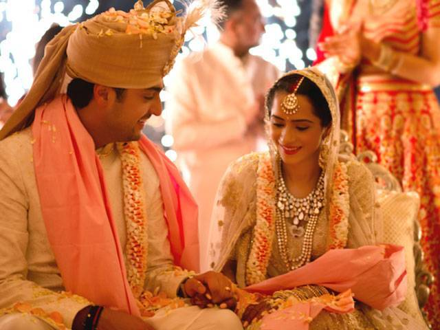 Indian bride wedding couple put on organizing love story