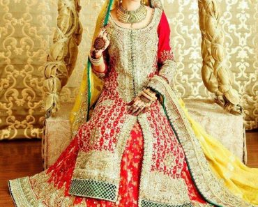 Latest New Pakistani Bridal Lehenga Dresses Collection