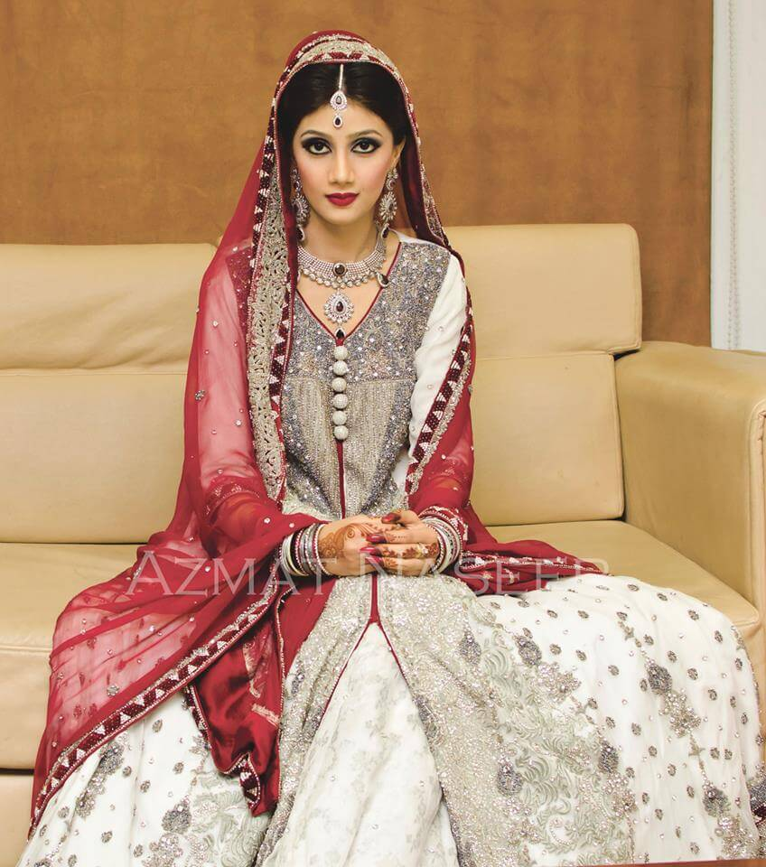 Latest New Pakistani Bridal Lehenga Dresses Collection