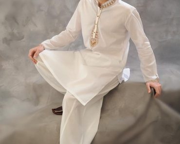 RAZAIN DESIGNER KURTA SALWAR NEW SUMMER ARRIVAL 2017