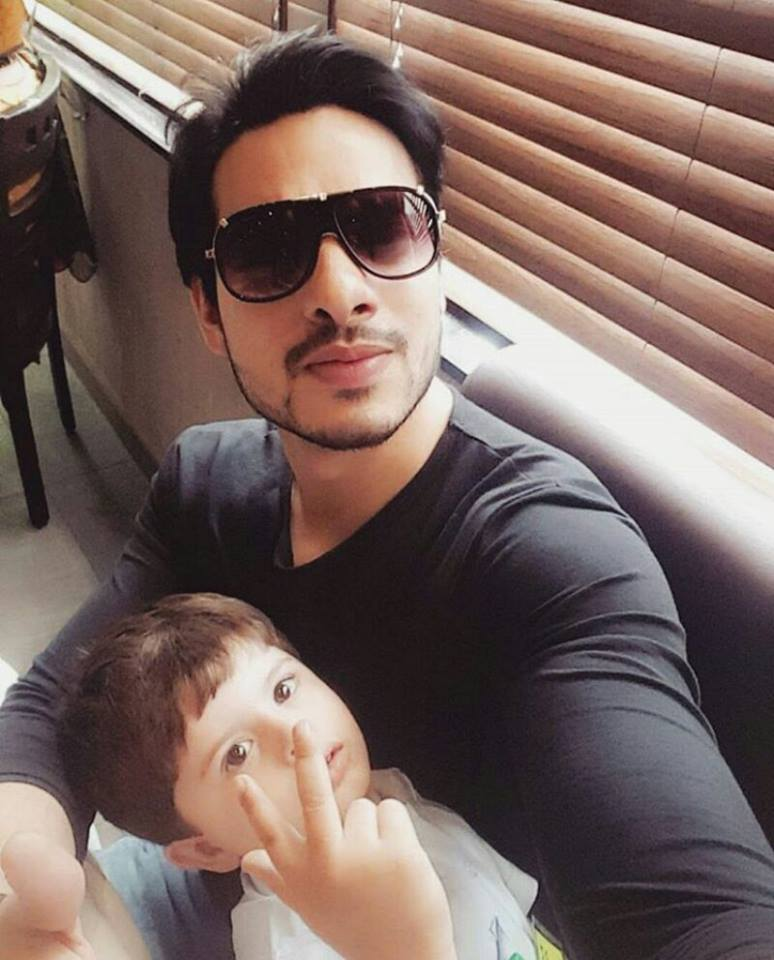 Cute Click of Fatima Effendi and Kanwar Arsalan's son, Almir