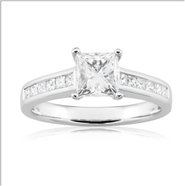 Curiosities Facts About Engagement Rings
