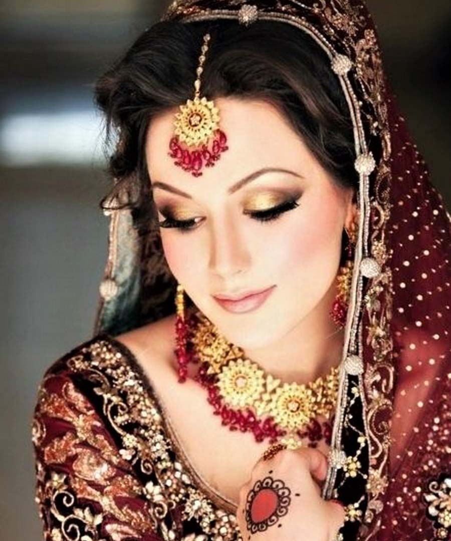 Best pakistani bridal makeup for wedding