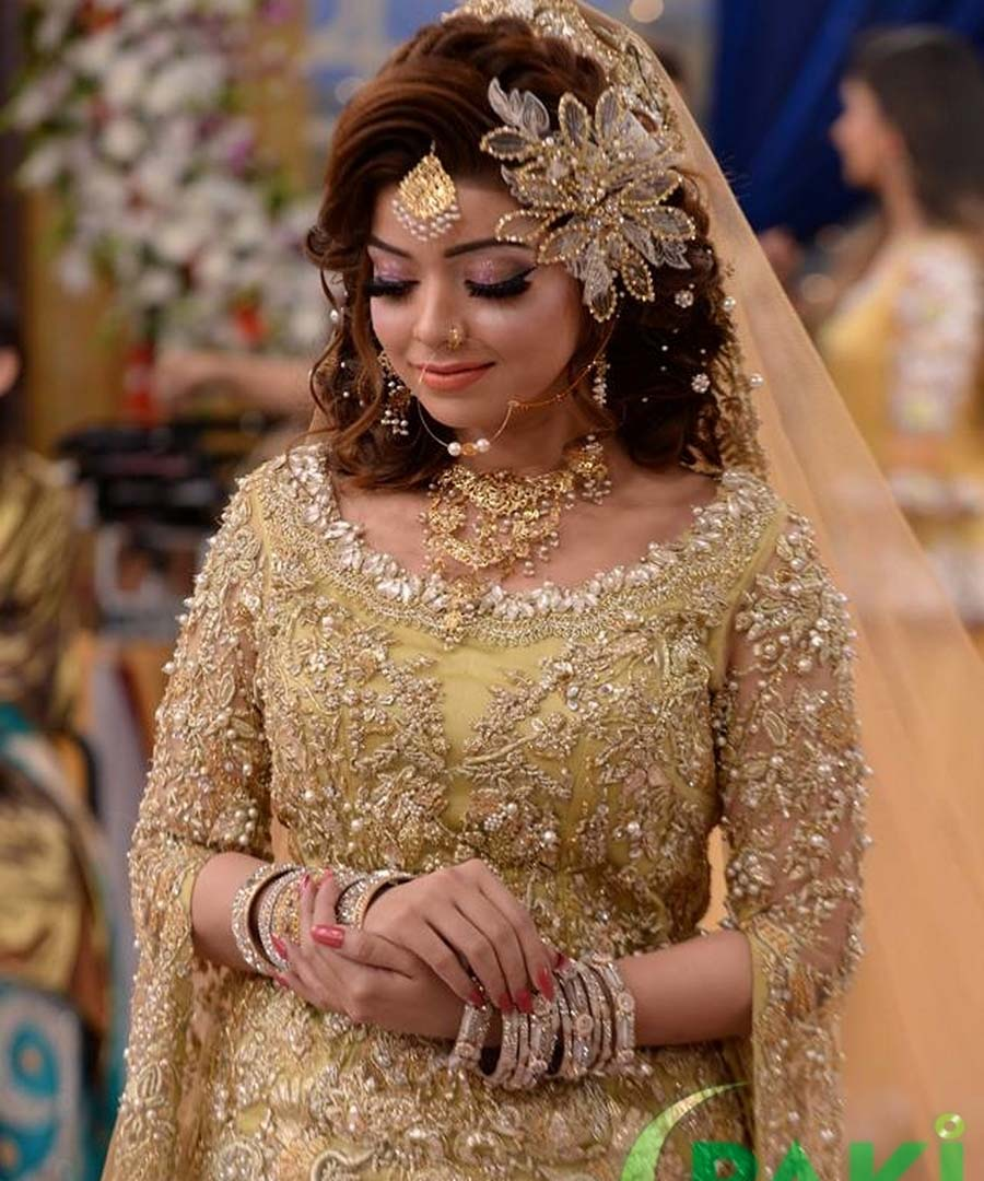 pakistani bridal makeup base tips